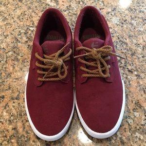 Etnies Shoes - Etnies Jameson Vulc Suede Sneakers